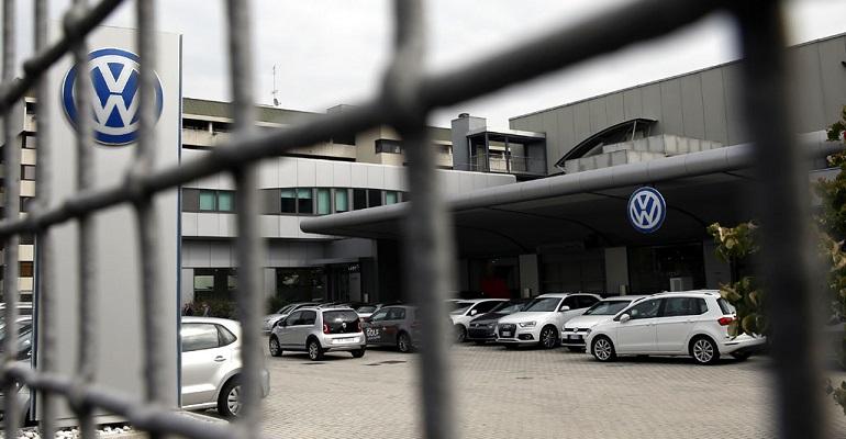 Фольксваген не возвратится на рынок Соединенных Штатов сдизельными авто после скандала